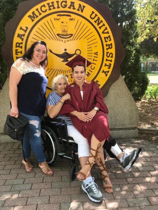 Mariah Arnold - CMU graduation